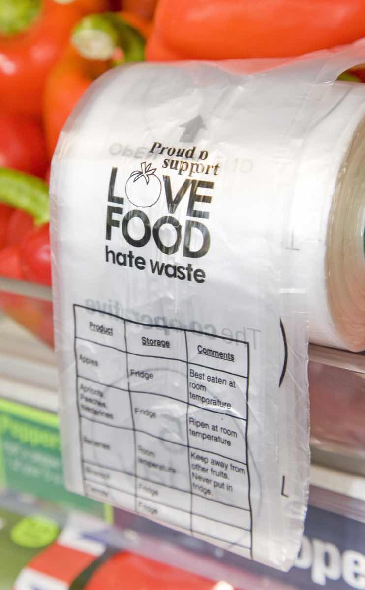 'Love food hate waste' bags consumers with a conscience