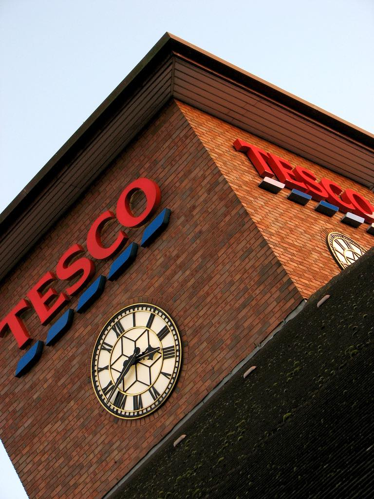 Tesco shows 'solid growth' in group sales
