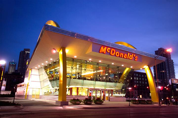 McDonald's reports global comparable sales increase