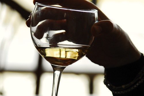 Record amount spent on wine in 2009, says report