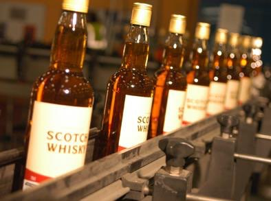 Scotland's whisky makers say cheers to China