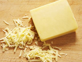 Fonterra adds cheddar to internet auctions