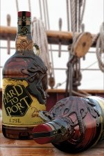 ScorCreative at Amcor wins award for highly sculpted PET bottle