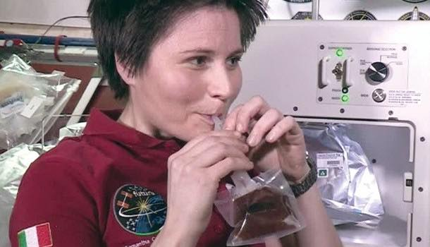 Italian astronaut is 'first' to drink authentic Italian espresso in space