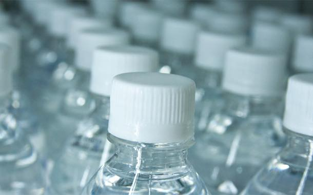 Bottled water 'to overtake fizzy drinks' in the US by 2017 – study