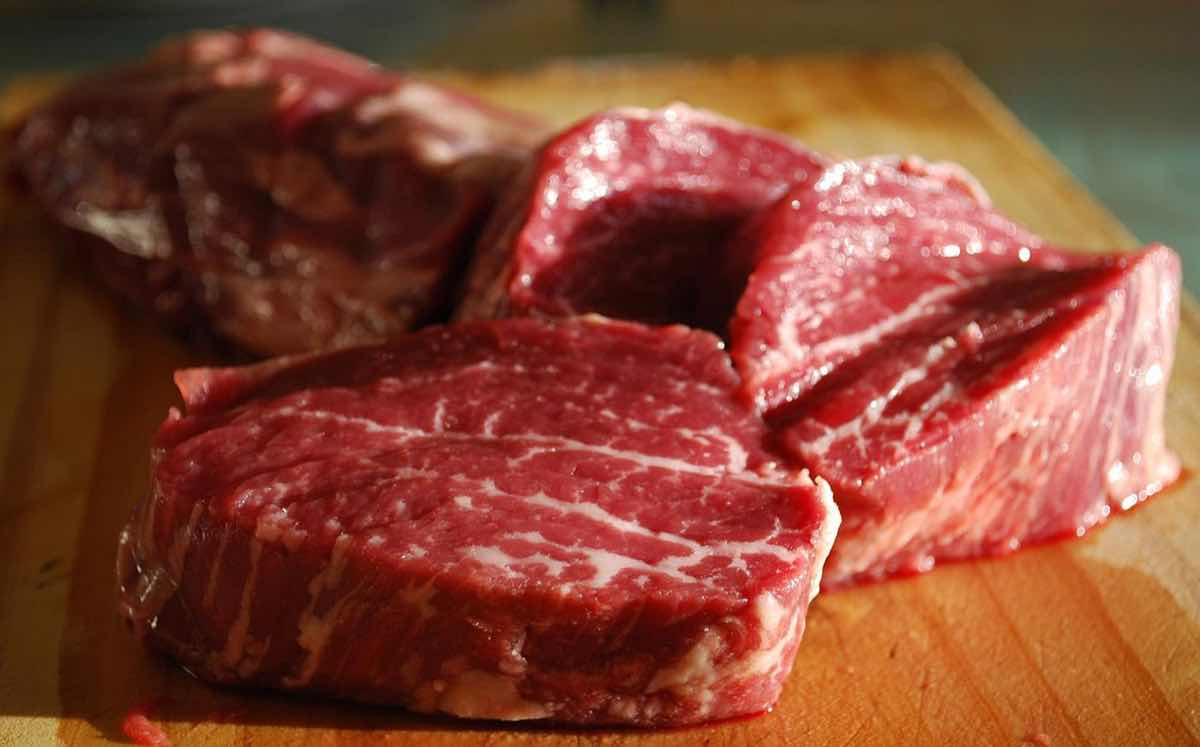 EU lawmakers approve increase in US beef imports