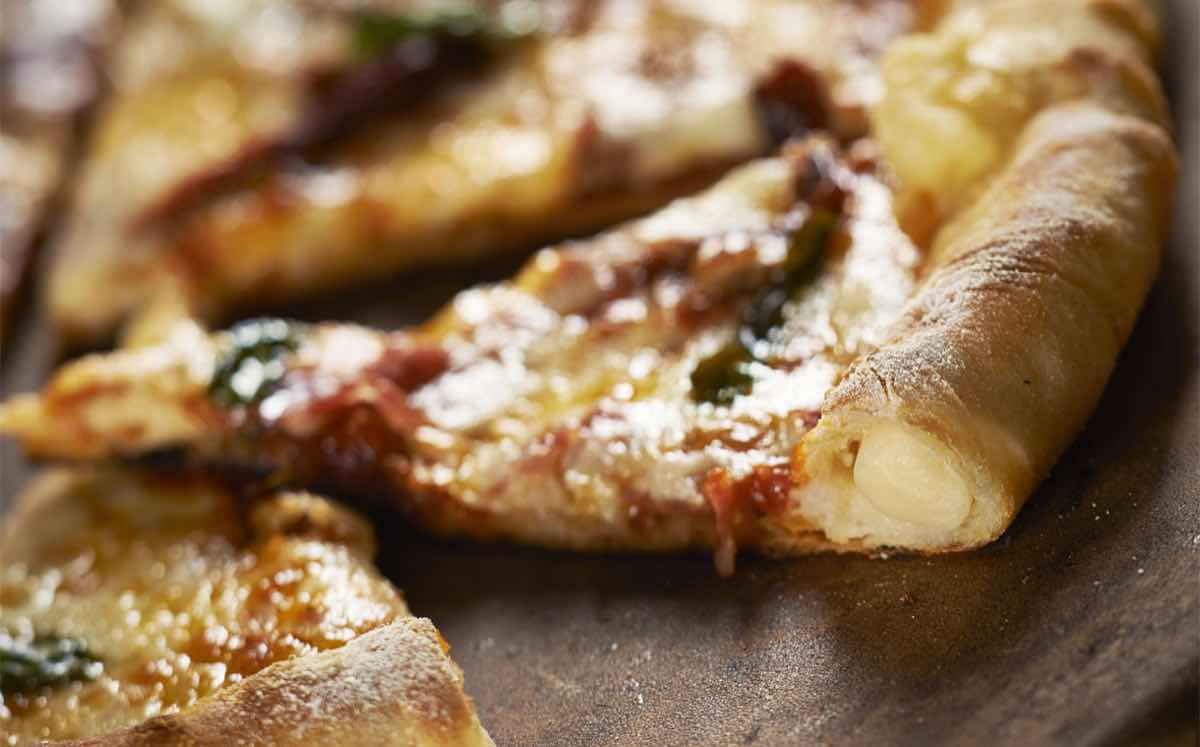 Ornua develops new 'low-melt' cheese ropes for pizza crusts