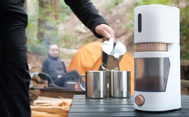 Grinder that knows how fresh the coffee is to debut on Kickstarter