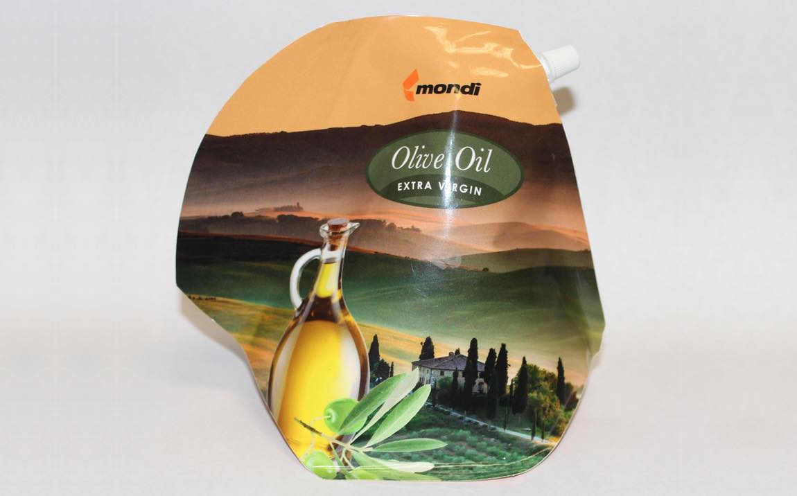 Mondi develops 'teapot-shaped' pouch for pourable foods
