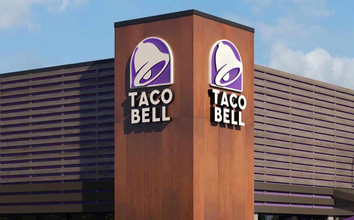 Taco Bell Canada To Serve Alcohol Before The End Of The