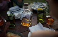 Brown-Forman promises 'strong year' after $1bn drop in net sales