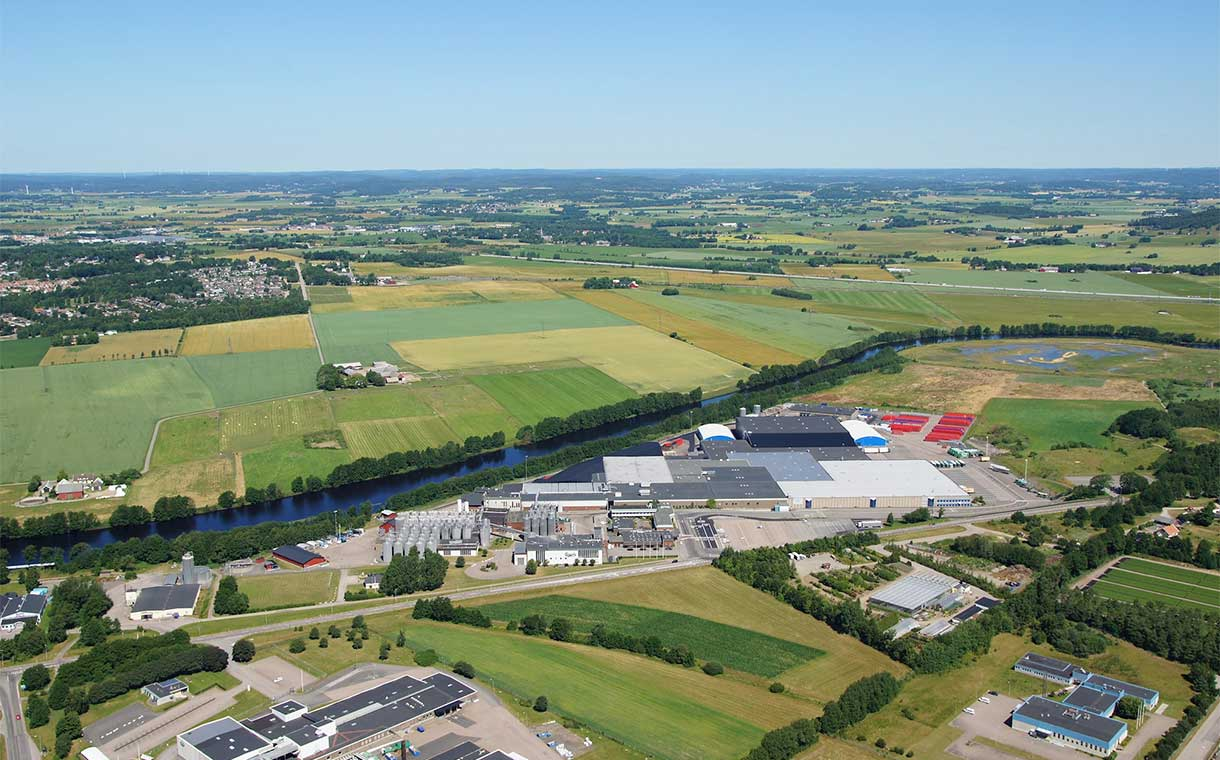 Carlsberg opens its first carbon-neutral brewery in Sweden