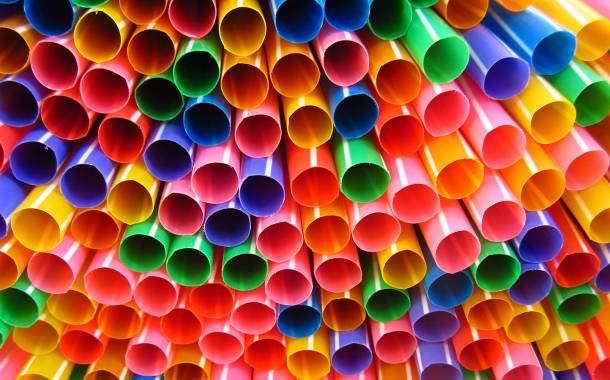 Scotch Whisky Association latest  to phase out use of plastic straws