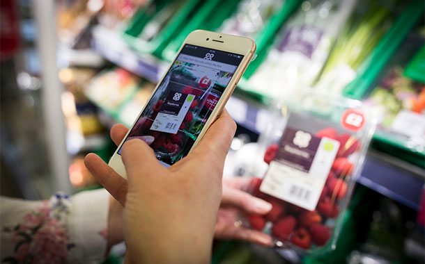 Co-op launches pay-in-aisle technology to scrap queues