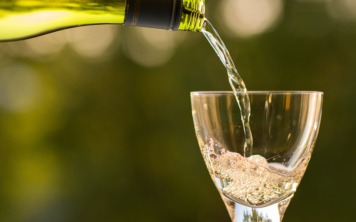 Wine consumption in US declines for first time in 25 years - IWSR