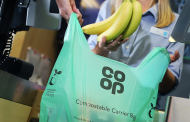 The Co-op announces a ban on its single-use plastic carriers