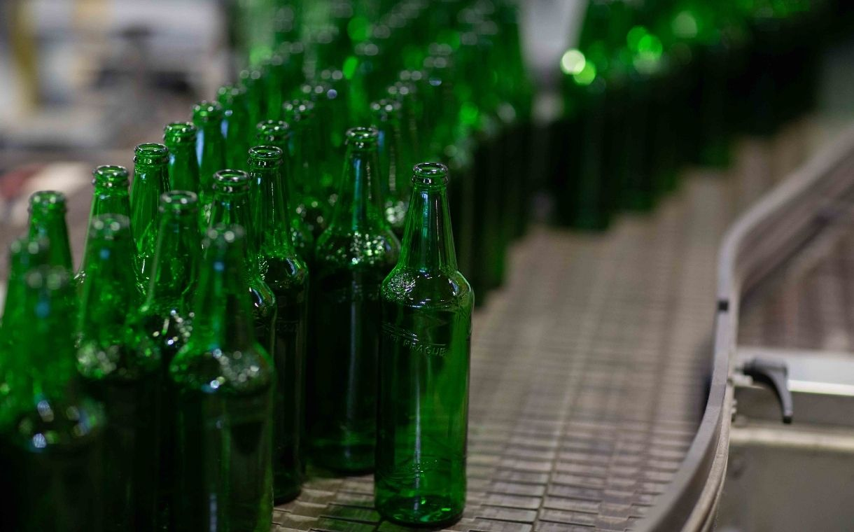 Molson Coors launches low-carbon beer bottle